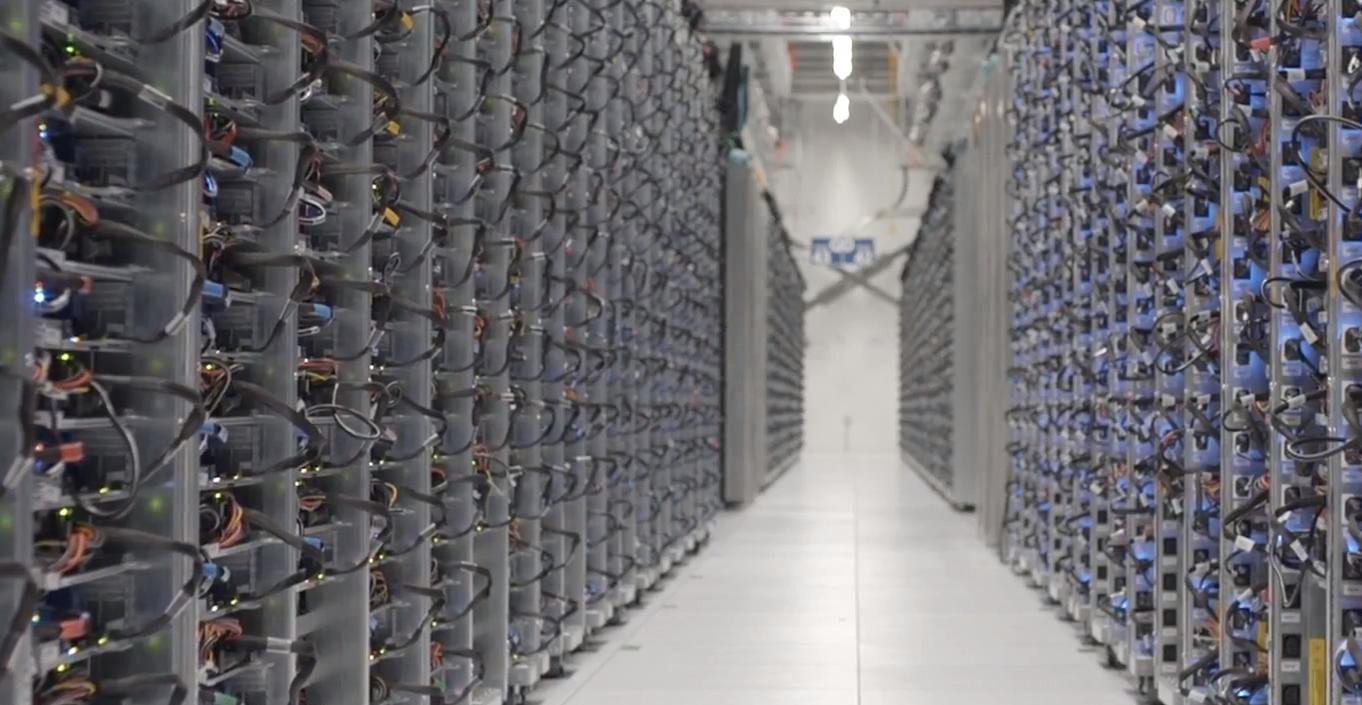 Google Server Images Googles-server-room1.png